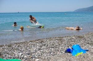 Абхазия частный сектор отдых на море в Гаграх пляж