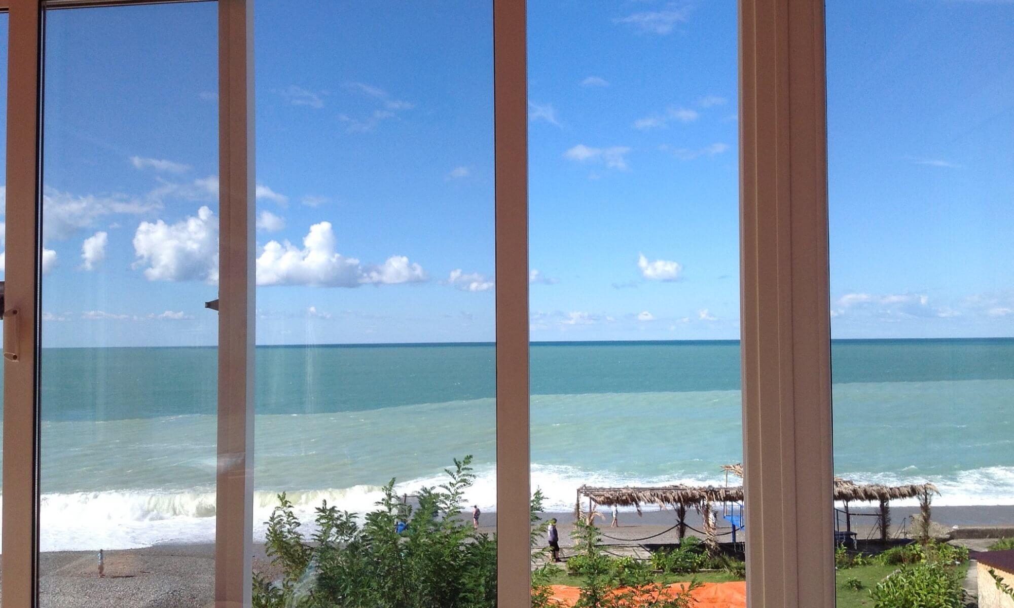 Абхазия частный сектор гостевые дома и мини отели на море Гагра
